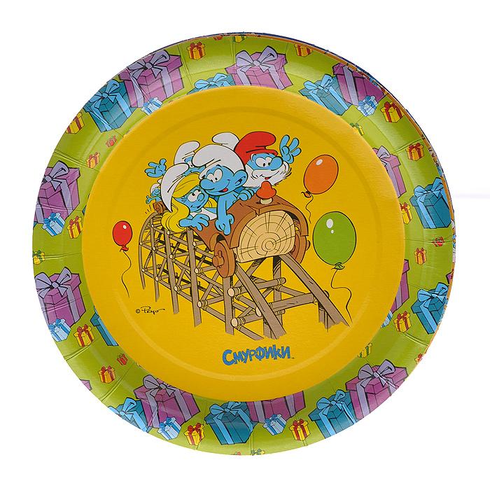 """Набор одноразовых тарелок """"Смурфики"""" сделает ваш стол ярким и необычным.Тарелки оформлены яркими изображениями персонажей популярного мультфильма """"Смурфики"""". В набор входят шесть тарелок. Эти праздничные аксессуары поднимут настроение вам и вашим гостям! Характеристики: Диаметр тарелок: 18 см. УВАЖАЕМЫЕ КЛИЕНТЫ!  Товар поставляется в цветовом ассортименте. Тематика рисунка соответствует заявленной в названии. Поставка осуществляется в зависимости от наличия на складе."""