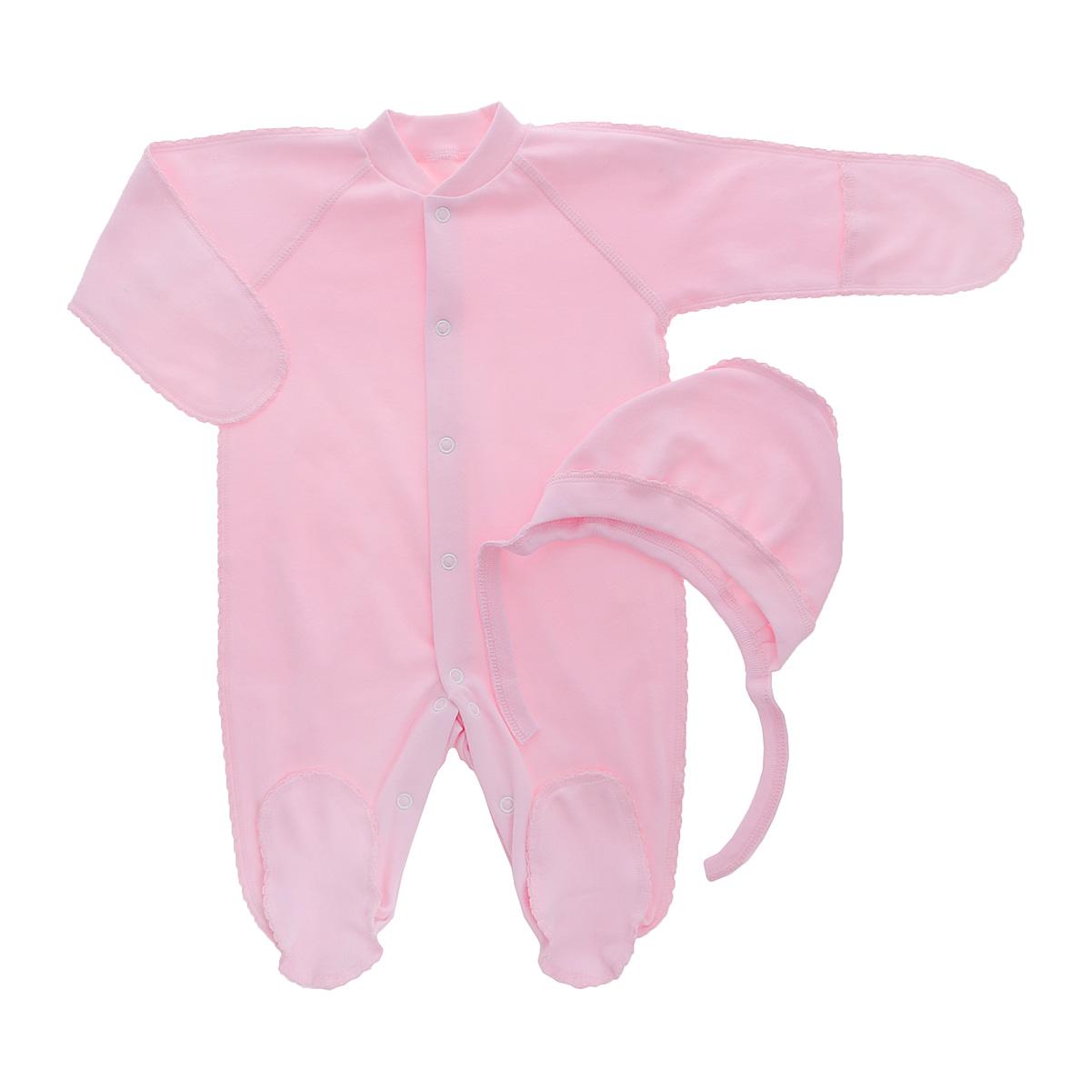 Комплект детский Фреш Стайл: комбинезон, чепчик, цвет: розовый. 37-5231. Размер 56, от 0 до 3 месяцев37-5231Комплект Фреш Стайл, состоящий из комбинезона и чепчика, идеально подойдет вашему ребенку. Изготовленный из 100% хлопка, он необычайно мягкий и легкий, приятный на ощупь, не раздражает нежную кожу ребенка и хорошо вентилируется.Комбинезон с воротником-стойкой, длинными рукавами-реглан и закрытыми ножками имеет удобные застежки-кнопки по всей длине и на ластовице, которые помогают легко переодеть ребенка или сменить подгузник. Комбинезон имеет рукавички, с помощью которых ручки могут быть открыты или спрятаны и ваш ребенок не поцарапает себя.Мягкий чепчик защищает еще не заросший родничок, щадит чувствительный слух малыша, а мягкая резиночка, не сдавливая голову малыша,прикрывает ушки и предохраняет от теплопотерь. Швы элементов комплекта выполнены наружу и отделаны красивой декоративной строчкой. Комплект полностью соответствует особенностям жизни малыша в ранний период, не стесняя и не ограничивая его в движениях.