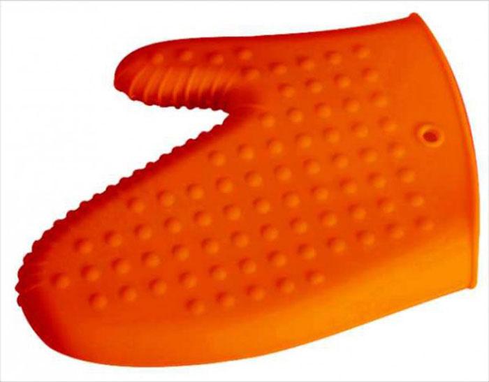Варежка-прихватка силиконовая Regent Inox Silicone, цвет: оранжевый93-SI-CU-06.1Варежка-прихватка Regent Inox Silicone выполнена из силикона оранжевого цвета.Изделие выдерживает высокую и низкую температуры (от -40°С до +230°С). Варежка-прихватка гигиенична, эластична, износостойка, не горит и не тлеет, не впитывает запахи, не оставляет пятен. Силикон абсолютно безвреден для здоровья, не вступает в реакцию с продуктами, легко моется.Варежкой-прихваткой можно брать не только горячие, но и холодные предметы, а также влажные и скользкие; она отлично защищает от ожогов всю ладонь.Силиконовая варежка-прихватка - отличный подарок, удобный и необходимый любой хозяйке. Характеристики:Материал: силикон.Размер варежки-прихватки: 20 см х 15 см.Размер упаковки: 31 см х 19 см х 2 см.Артикул: 93-SI-CU-06.1.