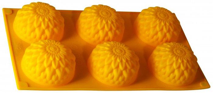 Форма для выпечки и заморозки Regent Inox Золотой шар, цвет: жёлтый, 6 ячеек93-SI-FO-28Форма для выпечки и заморозки Regent Inox Золотой шар выполнена из силикона и предназначена для изготовления выпечки. На одном листе расположено 6 небольших ячеек в форме шарообразных цветков. Оригинальный способ подачи изделий не оставит равнодушными родных и друзей.Силиконовые формы выдерживают высокие и низкие температуры (от -40°С до +230°С). Они эластичны, износостойки, легко моются, не горят и не тлеют, не впитывают запахи, не оставляют пятен. Силикон абсолютно безвреден для здоровья.Не используйте моющие средства, содержащие абразивы. Можно мыть в посудомоечной машине. Подходит для использования во всех типах печей.Формы для выпечки и заморозки Regent Inox - отличный подарок! Они удобны и необходимы любой хозяйке! Характеристики: Материал: силикон. Размер общей формы: 30 см х 17,5 см х 3,5 см. Размер одной ячейки: 7,5 см х 7,5 см х 3,5 см. Количество ячеек: 6 шт. Размер упаковки: 21,5 см х 40 см х 4 см. Артикул: 93-SI-FO-28.