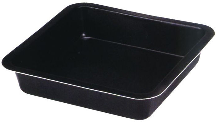 Форма для выпечки Regent Inox Easy, квадратная93-CS-EA-2-06Квадратная форма для выпечки Regent Inox Easy выполнена из высококачественной углеродистой стали и снабжена антипригарным керамическим покрытием, что обеспечивает форме прочность и долговечность.Форма равномерно и быстро прогревается, что способствует лучшему пропеканию пищи. Данную форму легко чистить. Готовая выпечка без труда извлекается из формы.Форма подходит для использования в духовке с максимальной температурой 250°С.Перед каждым использованием форму необходимо смазать небольшим количеством масла. Чтобы избежать повреждений антипригарного покрытия, не используйте металлические или острые кухонные принадлежности. Можно мыть в посудомоечной машине. Характеристики:Материал: углеродистая сталь, керамическое покрытие.Цвет: черный.Внешний размер формы (Д х Ш х В): 22 см х 22 см х 4,5 см.Артикул: 93-CS-EA-2-06.