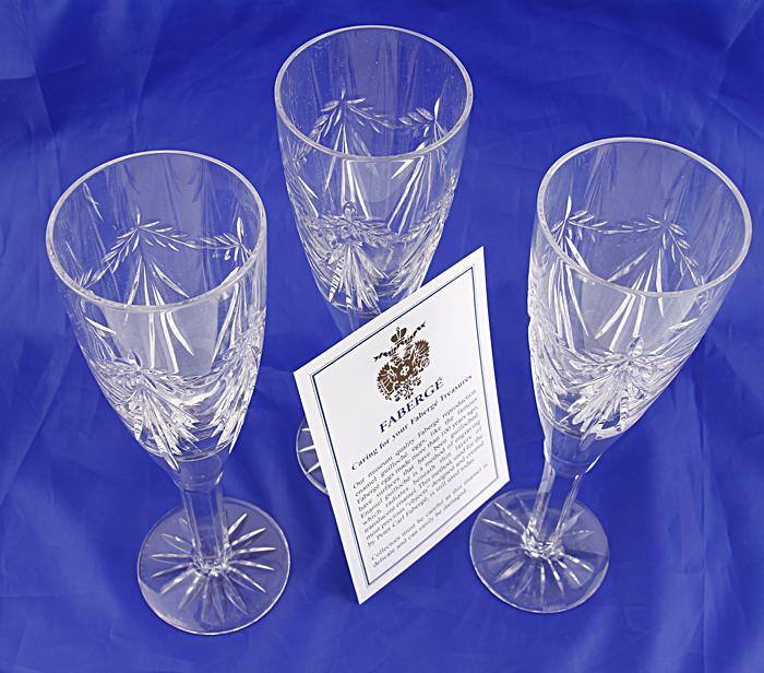 Комплект бокалов для шампанского на три персоны. Хрусталь, гранение. Фаберже, Франция, конец XX века фаберже ваза гранд эмеральд хрусталь гранение гравировка фаберже франция конец xx века