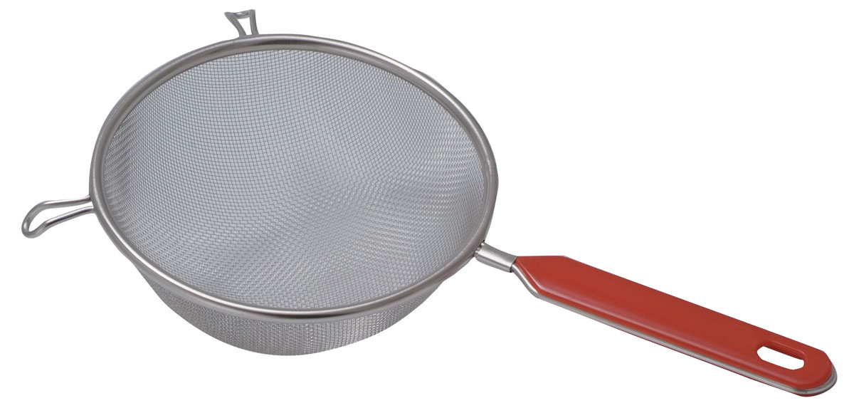 Сито Regent Inox Pronto с пластиковой ручкой, цвет: стальной, красный. Диаметр 20 см93-PRO-02-20Сито Regent Inox Pronto выполнено из высококачественной нержавеющей стали, имеет удобную стальную ручку-пруток с эргономичной пластиковой насадкой красного цвета. Сито предназначено для просеивания муки, процеживания и промывания продуктов. Прочная стальная сетка и корпус обеспечивают изделию износостойкость и долговечность.Такое сито станет достойным дополнением к кухонному инвентарю. Характеристики:Материал: нержавеющая сталь, пластик.Цвет: стальной, красный.Диаметр: 20 см.Длина ручки: 14 см.Артикул: 93-PRO-02-20.