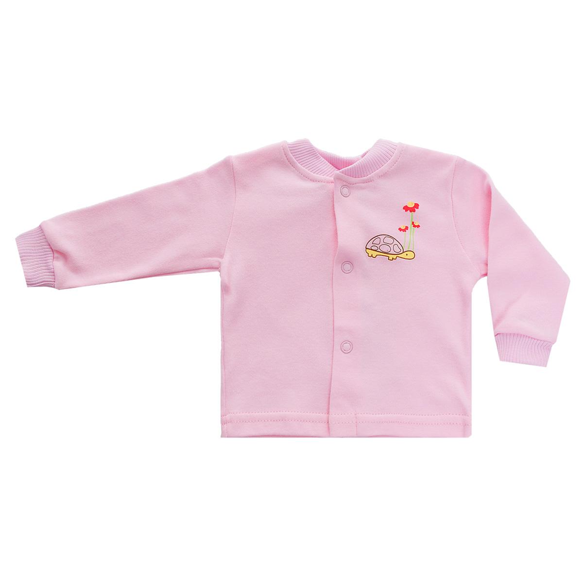 Кофточка детская Клякса, цвет: розовый. 37-261. Размер 56, 0-1 месяц37-261Кофточка для новорожденного Клякса послужит идеальным дополнением к гардеробу вашего ребенка, обеспечивая ему наибольший комфорт. Изготовленная из натурального хлопка, она необычайно мягкая и легкая, не раздражает нежную кожу ребенка и хорошо вентилируется, а эластичные швы приятны телу младенца и не препятствуют его движениям.Модель с длинными рукавами имеет круглый вырез горловины, дополненный мягкой трикотажной резинкой. Удобные застежки-кнопки по всей длине помогают легко переодеть ребенка. На рукавах предусмотрены трикотажные манжеты, не пережимающие ручки. Изделие оформлено оригинальным принтом с изображением забавных животных. Кофточка полностью соответствует особенностям жизни младенца в ранний период, не стесняя и не ограничивая его в движениях. В ней ваш ребенок всегда будет в центре внимания.