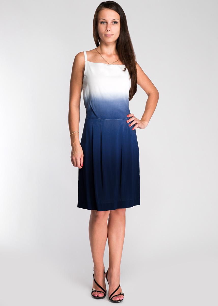 Платье Turnover, цвет: индиго. 1335290296-25438. Размер 38 (44)1335290296-25438Оригинальное платье на тонких бретелях, выполнено из легкого струящегося и приятного на ощупь материала.Платье застегивается на потайную застежку-молнию. Для большего комфорта имеется подкладка.Стильное платье выгодно освежит и разнообразит любой гардероб. Создайте женственный образ и подчеркните свою яркую индивидуальность!