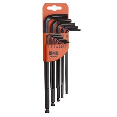 Набор шестигранников Bahco, 12 предметовBE-9780Набор шестигранников Bahco имеет пластиковый корпус, который позволяет легко выбирать нужный ключ без необходимости вынимать другие ключи. Имеется отверстие для подвешивания. Шар на длинной части ключа позволяет работать под углом к оси крепежных элементов. В комплекте имеется 12 ключей размером 9/64, 1/8, 7/64, 3/32, 5/64, 1/16, 5/16, 1/4, 7/32, 3/16, 5/32.