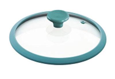 Крышка Rainbow, стеклянная, с силиконовым ободом, цвет: бирюзовый. Диаметр 26 смGLSR-26BКрышка Rainbow из жаропрочного стекла с термостойкой ручкой и ободом из силикона (выдерживает температуру до 210°С) представлена для модельного ряда посуды. Крышки Rainbow можно использовать в духовке и мыть в посудомоечной машине. Характеристики:Материал: стекло, силикон. Диаметр: 26 см. Размер упаковки: 26 см х 26 см х 7 см. Производитель: Китай. Артикул: GLSR-26B.