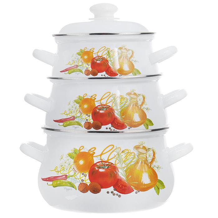 """Набор """"Итальянская кухня"""" состоит из трех кастрюль разного объема, изготовленных из стали с эмалированным покрытием. Внешние стенки белого цвета оформлены красочным изображением овощей и трав. Кастрюли оснащены удобными крышками с пластиковыми ручками и металлическим ободом. Эмалированные изделия, предназначенные для тепловой обработки, можно использовать на любых плитах: газовых, электрических, стеклокерамических, индукционных, а также в жарочном шкафу.   Нельзя использовать в микроволновой печи!   Характеристики:  Материал: сталь, пластик. Цвет: белый. Комплектация: 3 шт. Объем кастрюль: 2 л, 3 л, 4,5 л. Диаметр кастрюль по верхнему краю: 18 см, 20 см, 22 см. Высота стенок: 10 см, 12 см, 14 см. Толщина стенок: 0,25 см. Толщина дна: 0,3 см. Размер упаковки: 23,5 см х 23,5 см х 32 см. Артикул: 129/4АП2."""
