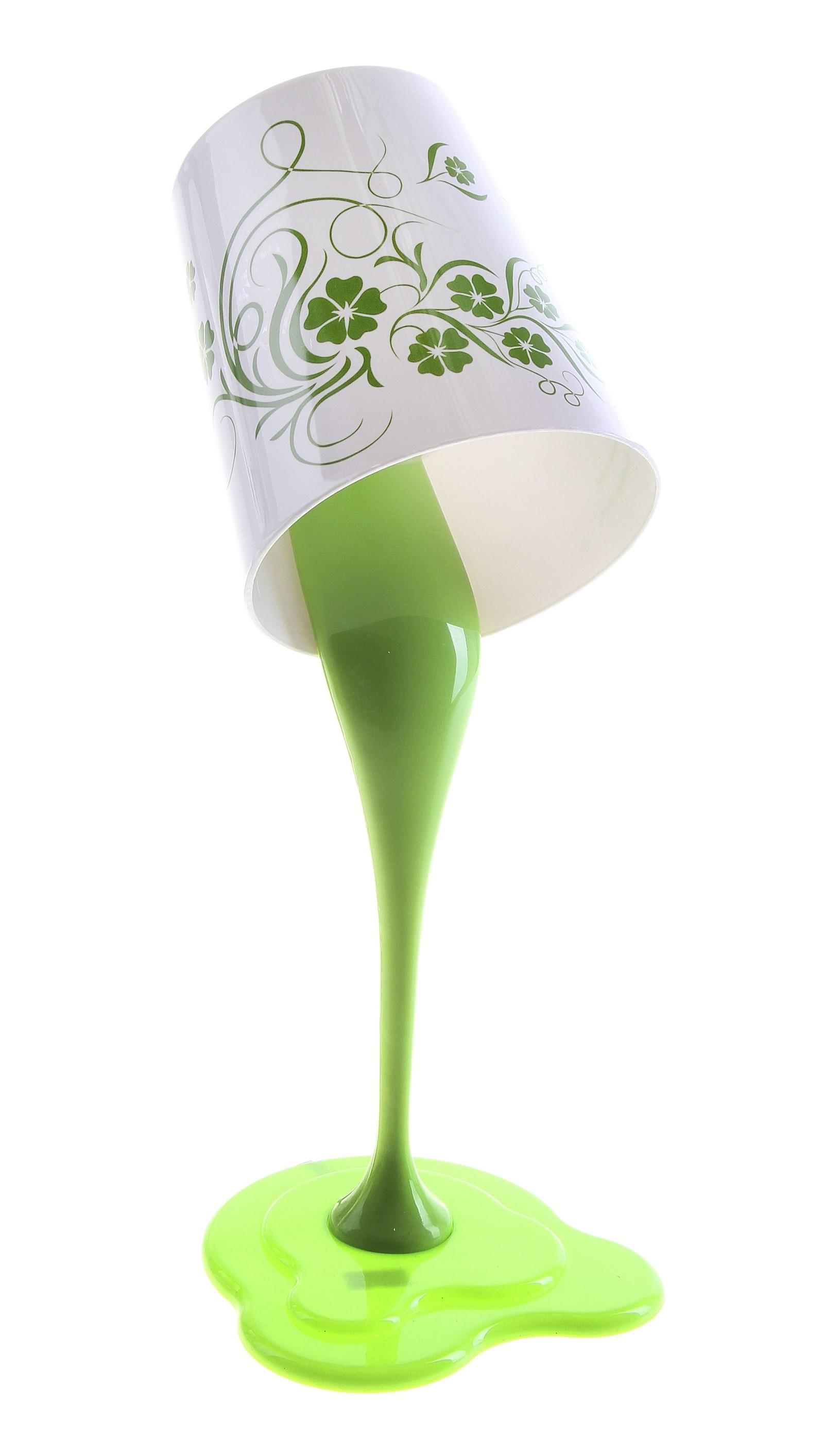 Светильник Зеленая чашка, высота 38 см. 737101737101Настольный светильник Зеленая чашка, ножка и абажур которого изготовлены из пластика, отлично впишется в интерьер вашего дома. Светильник выполнен в виде перевернутой чаши с вытекающей зеленой краской. Абажур украшен цветочным рисунком и надписями. Электрическая часть выполнена в соответствии с требованиями по безопасности. Светильник работает от электросети. На шнуре расположена кнопка включения/выключения света. Настольный светильник украсит любое помещение в доме!Светильники - предметы, без которых мы не представляем себе комфортной жизни. Сегодня функции светильников не ограничиваются освещением помещения. Они также являются центральной фигурой интерьера, подчеркивают общий стиль помещения, создают уют и дарят эстетическое удовольствие. Характеристики: Материал: пластик. Цвет: белый, салатовый. Размер светильника (В х Д х Ш): 38 см х 14 см х 15 см. Количество лампочек: R27х1 (входит в комплект). Мощность светильника: 25 W. Размер упаковки: 40 см х 19 см х 15 см. Артикул: 737101. Работает от сети 220 V.