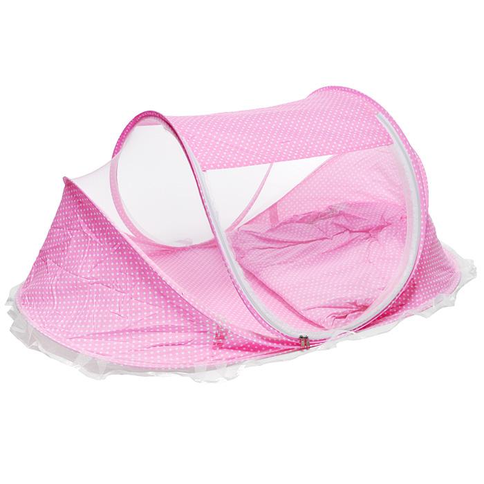 Переносная детская кроватка с москитной сеткой, цвет: розовый127 розовыйМатрас с москитной сеткой позволит вам обеспечить своей малышке спокойный сон. Комплект включает в себя овальный матрасик, небольшую подушечку для ребенка и москитную сетку. Сетка натянута на прочный, но гибкий каркас с тканевым дном и стенками. Она расстегивается в центральной части, открывая легкий доступ к малышу. Матрасик с подушкой помещаются внутрь конструкции, при желании их можно использовать отдельно. Благодаря мелким ячейкам, сетка не помешает воздухообмену, но позволит защитить ребенка от комаров, мух и других насекомых, а также пуха и пыли. Малышка сможет спокойно спать как дома, так и на открытом воздухе. Каркас с сеткой легко складывается и не занимает много места, что удобно при транспортировке и хранении. Характеристики: Материал: синтетика, пластик, металл. Размер сетки: 110 см x 63 см x 50 см. Размер матрасика: 100 см x 60 см x 4 см. Размер подушечки: 26 см x 15 см x 4 см. Размер упаковки: 60 см x 55 см x 11 см.