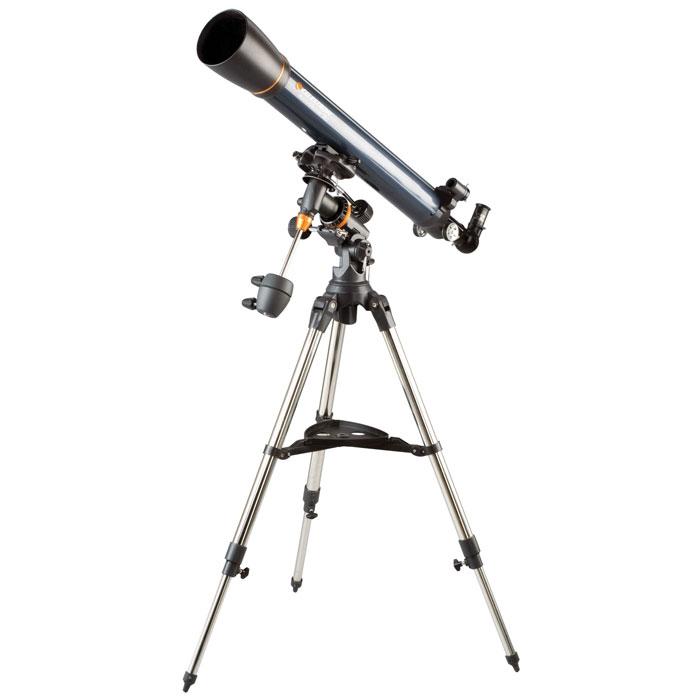 Celestron AstroMaster 90 EQ телескоп-рефракторC21064Телескоп Celestron AstroMaster 90 EQ - это мощный оптический инструмент, обладающий качественной оптикой, надежностью и простотой в эксплуатации. Устройство дает яркие, контрастные изображения тысяч объектов ночного неба, делая занятия астрономией интересными и доступными каждому. Телескоп быстро подготавливается к работе, не требуя инструментов для сборки, и практически не нуждается в техническом обслуживании.Телескопы серии AstroMaster оснащены переработанными искателями StarPointer, упрощающими наведение на цель, быстросъемными приспособлениями типа «ласточкин хвост» для крепления оптической трубы, удобными полочками для аксессуаров и легкими, предварительно собранными стальными треногами. Телескопы имеют ручное управление, позволяющее легко и быстро находить небесные объекты и следить за ними. Интересуют наблюдения наземных объектов? Оптика с прямым изображением идеально подходит для этих целей.