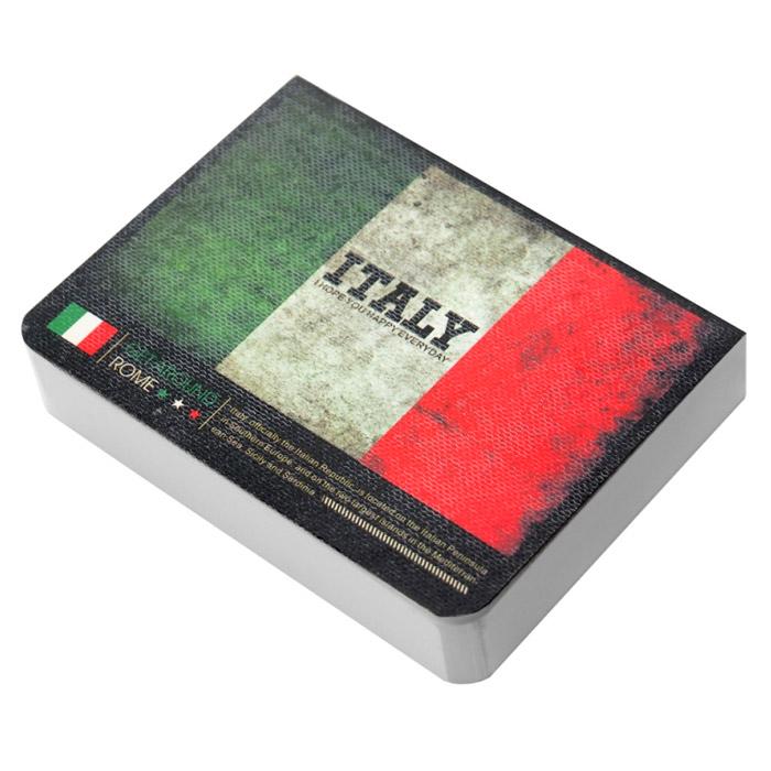 Блокнот Страны. Италия, цвет: зеленый, белый, красный003016Оригинальный блокнот Страны идеально подойдет для памятных записей, любимых стихов, рисунков и многого другого. Обложка блокнота выполнена из плотного картона и оформлена изображением флага Италии.Внутри блокнот содержит блок для записей с нелинованными листами белого цвета.Практичный и компактный, такой блокнот не затеряется на столе или в сумке и будет всегда под рукой в самую нужную минуту. Характеристики: Материал: картон, бумага. Цвет: зеленый, белый, красный. Размер блокнота: 10,5 см х 8 см х 2 см. Артикул: 003016.