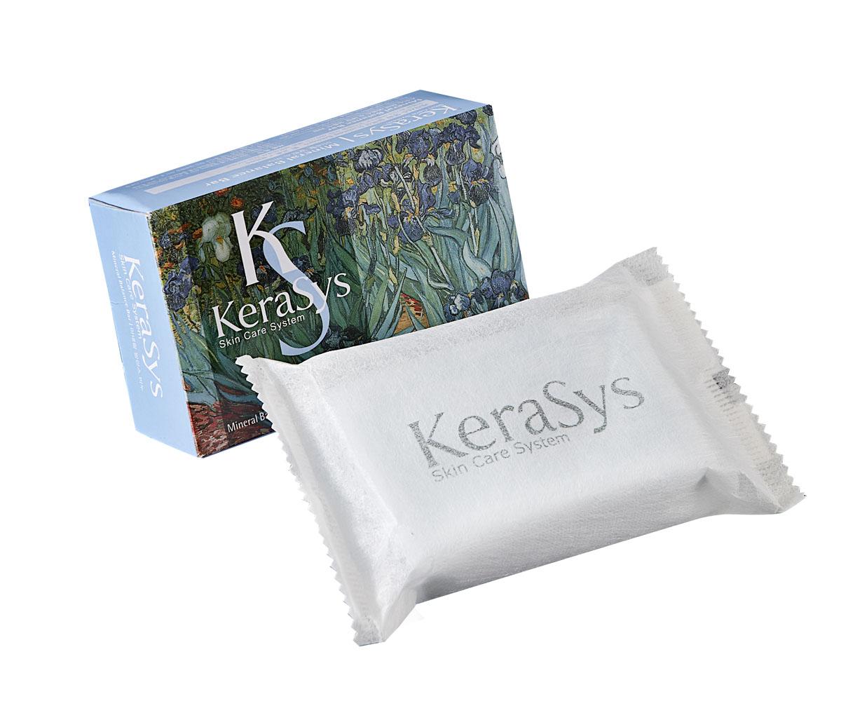 Kerasys Мыло Mineral Balance, косметическое. 100 г869710Мыло Kerasys Mineral Balance содержит экстракты альпийских трав, которые успокаивают кожу. Морские минералы придают коже тонус, делают ее упругой. Миндальное масло смягчает и увлажняет кожу, придает ей упругость и эластичность, предупреждает преждевременное старение. Аромат грейпфрута и зеленых оливок поднимают настроение и дарят ощущение чистоты и свежести надолго. Характеристики:Вес: 100 г. Артикул: 869710. Производитель: Корея. Товар сертифицирован.Уважаемые клиенты! Обращаем ваше внимание на возможные изменения в дизайне упаковки. Качественные характеристики товара остаются неизменными. Поставка осуществляется в зависимости от наличия на складе.