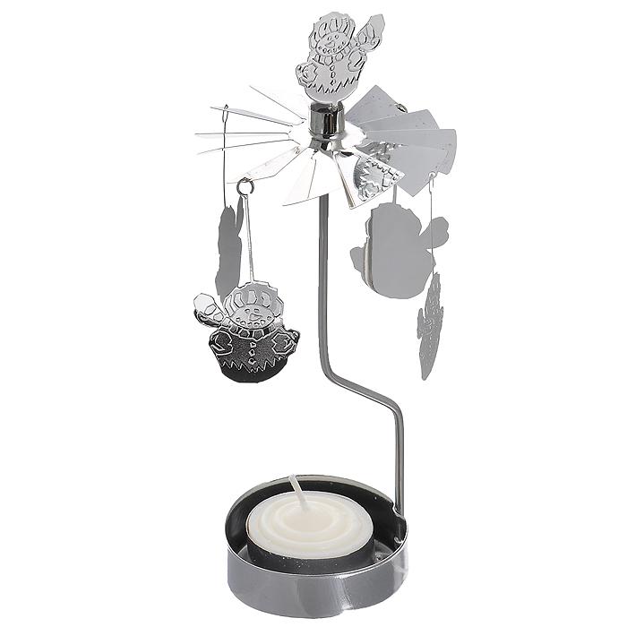 Новогодний декоративный подсвечник Снеговики. 3141731417Новогодний декоративный подсвечник Снеговики выполнен из окрашенного металла. Основание под свечу, украшенное фигурками, имеет стержень, на который прикрепляется верхушка с лопастями. К лопастям присоединяются металлические снеговики-подвески. При горении чайной свечи (входит в комплект) лопасти приводятся в движение, создавая причудливое мерцание и эффект карусели.Новогодний декоративный подсвечник украсит интерьер вашего дома или офиса в преддверии Нового года. Оригинальный дизайн и красочное исполнение создадут праздничное настроение. Кроме того, это отличный вариант подарка для ваших близких и друзей.Внимание!Каркас и верхушка подсвечника нагреваются во время горения свечи, поэтому во время использования и несколько минут после задувания свечи, нельзя дотрагиваться до частей подсвечника. Характеристики: Материал: черный окрашенный металл, парафин. Цвет: серый металлик. Высота подсвечника: 16 см. Диаметр основания подсвечника: 6,5 см. Размер упаковки: 13 см х 8 см х 2,5 см. Артикул: 31417.