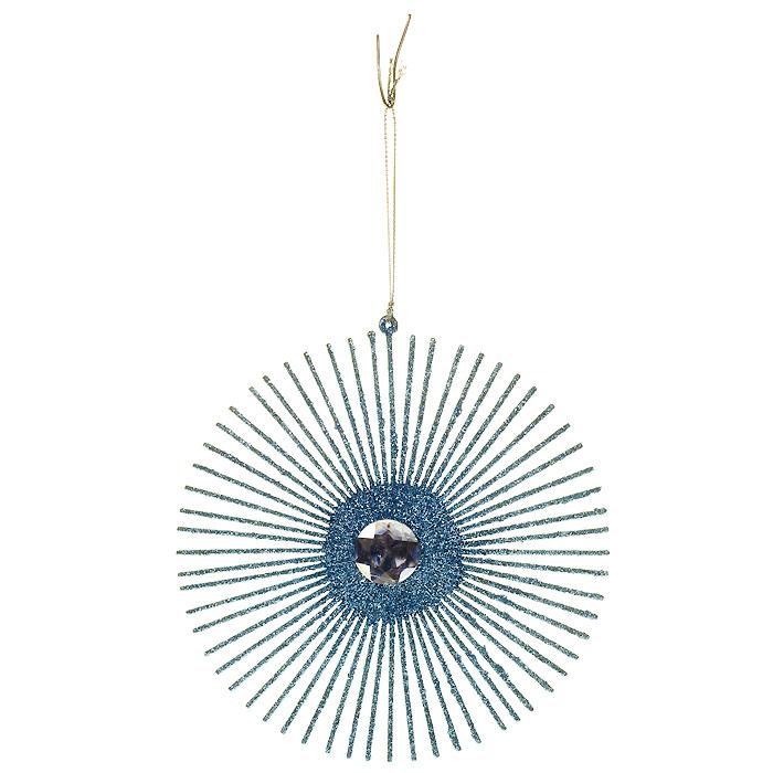 Новогоднее подвесное украшение, цвет: голубой. 3064530645/30645Оригинальное новогоднее украшение, выполненное из пластика, оформлено блестками голубого цвета и крупным стразом по центру. С помощью специальной петельки украшение можно повесить в любом понравившемся вам месте. Но, конечно, удачнее всего такая игрушка будет смотреться на праздничной елке.Новогодние украшения приносят в дом волшебство и ощущение праздника. Создайте в своем доме атмосферу веселья и радости, украшая всей семьей новогоднюю елку нарядными игрушками, которые будут из года в год накапливать теплоту воспоминаний. Коллекция декоративных украшений из серии Magic Time принесет в ваш дом ни с чем несравнимое ощущение волшебства! Характеристики:Материал: пластик, текстиль, блестки. Цвет: голубой. Диаметр украшения: 16 см. Артикул: 30645.