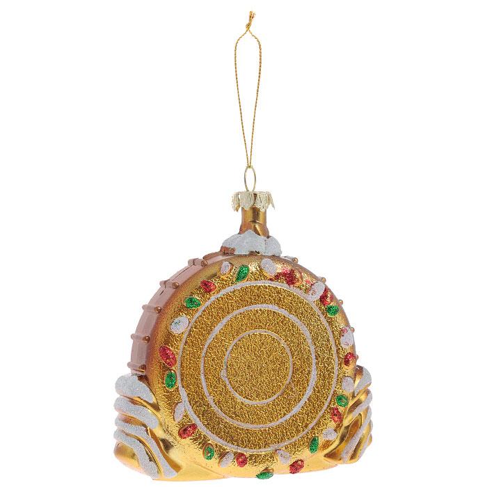Новогоднее подвесное украшение, цвет: золотистый. 2589525895Оригинальное новогоднее украшение выполнено из пластика и оформлено блестками. С помощью специальной петельки украшение можно повесить в любом понравившемся вам месте. Но, конечно же, удачнее всего такая игрушка будет смотреться на праздничной елке.Новогодние украшения приносят в дом волшебство и ощущение праздника. Создайте в своем доме атмосферу веселья и радости, украшая всей семьей новогоднюю елку нарядными игрушками, которые будут из года в год накапливать теплоту воспоминаний. Коллекция декоративных украшений из серии Magic Time принесет в ваш дом ни с чем несравнимое ощущение волшебства! Характеристики:Материал: пластик, блестки, текстиль. Цвет: золотистый. Размер украшения: 8,5 см х 3 см х 9 см. Артикул: 25895.