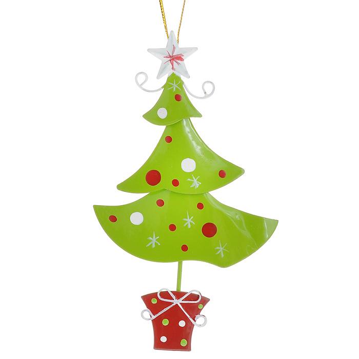 Новогоднее подвесное украшение Елочка, цвет: салатовый. 2677026770Оригинальное новогоднее украшение выполнено из металла в виде новогодней елочки салатового цвета. С помощью специальной петельки украшение можно повесить в любом понравившемся вам месте. Но, конечно, удачнее всего такая игрушка будет смотреться на праздничной елке.Новогодние украшения приносят в дом волшебство и ощущение праздника. Создайте в своем доме атмосферу веселья и радости, украшая всей семьей новогоднюю елку нарядными игрушками, которые будут из года в год накапливать теплоту воспоминаний. Характеристики:Материал: металл, текстиль. Цвет: салатовый. Размер украшения: 7 см х 12,5 см. Артикул: 26770.