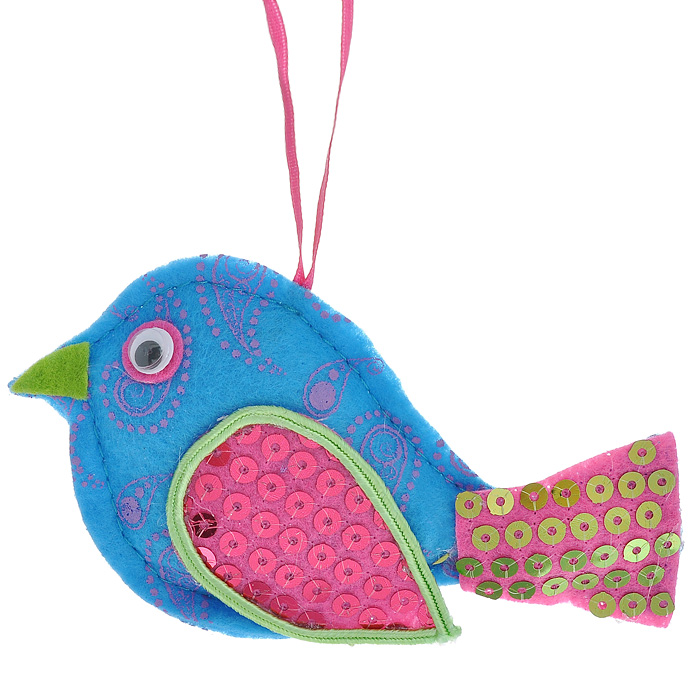 Новогоднее подвесное украшение Птичка, цвет: синий, розовый. 2533025330Оригинальное новогоднее украшение, выполненное из текстиля в виде птицы, украшено пайетками. С помощью специальной петельки украшение можно повесить в любом понравившемся вам месте. Но, конечно же, удачнее всего такая игрушка будет смотреться на праздничной елке.Новогодние украшения приносят в дом волшебство и ощущение праздника. Создайте в своем доме атмосферу веселья и радости, украшая всей семьей новогоднюю елку нарядными игрушками, которые будут из года в год накапливать теплоту воспоминаний. Коллекция декоративных украшений из серии Magic Time принесет в ваш дом ни с чем несравнимое ощущение волшебства! Характеристики:Материал: полиэстер, пластик. Размер украшения: 12 см х 6,5 см х 2 см. Артикул: 25330.