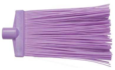 Метла полипропиленовая, большая, цвет: фиолетовый68048Метла - очень важный уборочный инструмент, предназначенный для уборки улиц, дворов, производственных помещений, садовых и дачных участков.Метла поставляется без ручки. Характеристики:Материал: полипропилен. Размеры метлы: 32 см х 25 см х 4 см. Размеры упаковки: 32 х 25 см х 4 см.