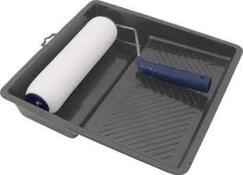 Валик поролоновый FIT, 250 мм с ванночкой03005Поролоновый валик с ванночкой FIT используется для внутренних работ. Применяется для высококачественной окраски гладких поверхностей вододисперсионным красками и водорастворимыми лаками. Характеристики: Материал: пластик, металл. Размеры валика: 33 см х 25 см х 5,5 см. Длинна ручки валика: 14 см. Диаметр бюгеля: 0,8 см. Размеры ванночки: 32 см х 31 см. Глубина ванночки:7 см. Размеры упаковки: 33 см х 31 см х 11 см.