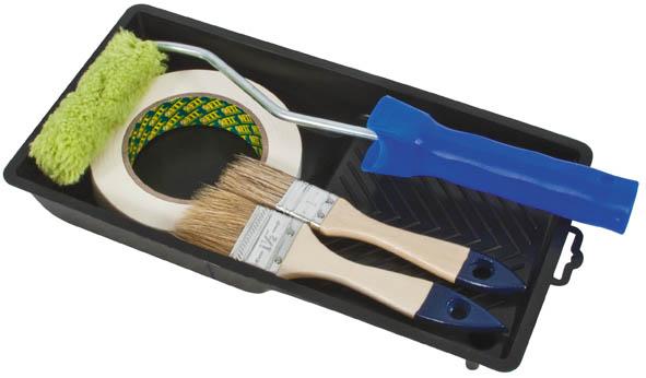 Набор для покраски дверей и окон FIT03035Полиакриловый валик с ванночкой FIT используется для внутренних работ. Применяется для высококачественной окраски гладких поверхностей вододисперсионным красками и водорастворимыми лаками. Для полушершавой и грубой поверхностей. В набор входит: Валик полиакриловый, 10 см; Кисти из натуральной щетины, ширина 2,5 см, 3,8 см; Ванночка для краски 29 см х 15 см; Малярная лента 25 мм х 50 м. Характеристики: Материал: пластик, металл. Диаметр бюгеля: 0,6 см. Размер упаковки: 31 см х 15 см х 8 см.