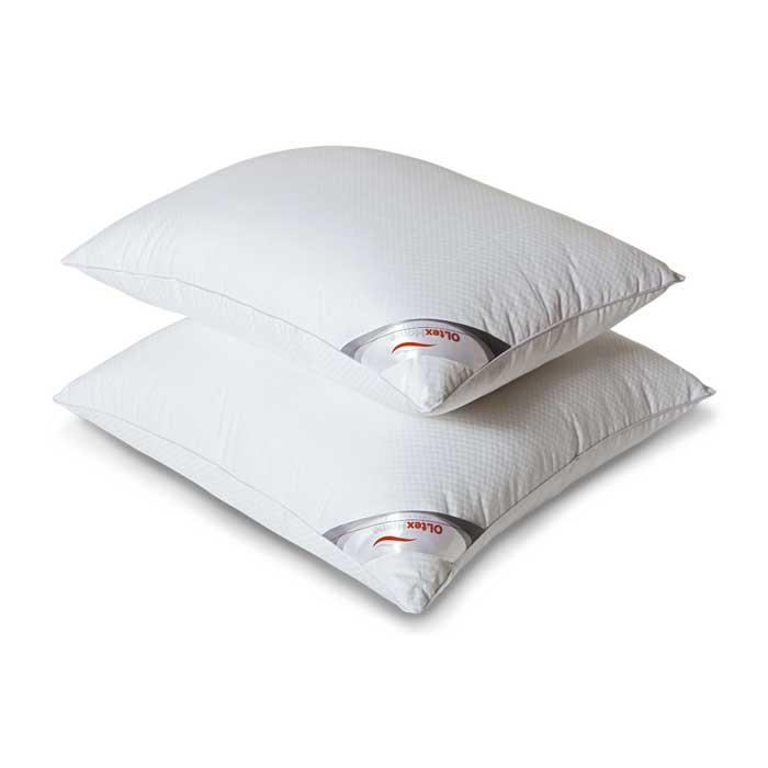 Подушка OL-Tex Богема, 40 х 60 смОЛС-46-1Чехол подушки OL-Tex Богема выполнен из мягкого приятного на ощупь сатина-страйп. Наполнитель - высокосиликонизированное микроволокно OL-tex, которое является усовершенствованным аналогом наполнителя Лебяжий пух.Лебяжий пух - это современный заменитель натурального лебяжьего пуха. Искусственный Лебяжий пух сохраняет непревзойденную мягкость и легкость природного материала, но еще обладает и рядом новых достоинств. Лебяжий пух не вызывает аллергии, в изделиях с таким наполнителем не заводится клещ, бактерии, гнили. За подушками и одеялами очень легко ухаживать - их можно стирать в машинке, они быстро и полностью высыхают.Легкая, почти невесомая подушка, с нежнейшим наполнителем Ol-Tex идеально подходит для сна. Подушка из коллекции Богема обладает прекрасными терморегулирующими свойствами, гиппоаллергенна. Сохраняет форму и объем даже при многократных стирках.Подушка OL-Tex Богема - достойный выбор современной хозяйки!Рекомендации по уходу:- Стирка в теплой воде (температура до 30°С).- Нельзя отбеливать. При стирке не использовать средства, содержащие отбеливатели (хлор).- Сушить вертикально без отжима. - Не гладить. Не применять обработку паром.- Нельзя выжимать и сушить в стиральной машине. Характеристики: Материал чехла: сатин-страйп (100% хлопок). Наполнитель: микроволокно OL-tex. Размер подушки: 40 см х 60 см. Размеры упаковки: 40 см х 60 см х 10 см. Артикул: ОЛС-46-1.УВАЖАЕМЫЕ КЛИЕНТЫ! Обращаем ваше внимание на возможные изменения в цветовом дизайне товара, связанные с ассортиментом продукции. Поставка осуществляется в зависимости от наличия на складе.