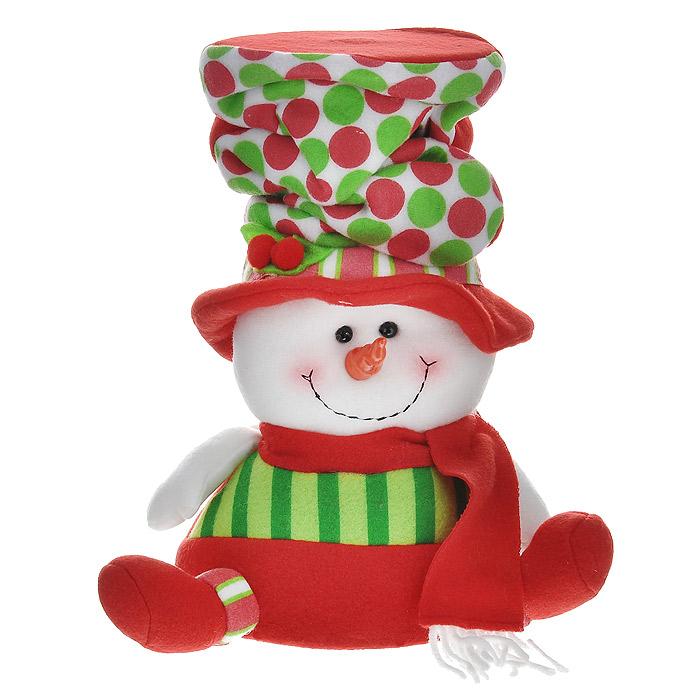 Новогоднее украшение Снеговик, 27 см. 2556625769Новогоднее украшение «Снеговик» прекрасно подойдет для праздничного декора дома. Украшение выполнено из полиэстера в виде фигурки Снеговика, одетого в красный наряд и высокую шляпу. Фигурка имеет жесткое основание. Новогодняя игрушка несет в себе волшебство и красоту праздника. Создайте атмосферу веселья и радости, украшая дом нарядными игрушками, которые будут из года в год накапливать теплоту воспоминаний.Вы можете поставить фигурку в любом месте, где она будет удачно смотреться и радовать глаз. Кроме того, это украшение - отличный вариант подарка для ваших близких и друзей.Коллекция декоративных украшений из серии Magic Time принесет в ваш дом ни с чем несравнимое ощущение волшебства!Характеристики:Материал: полиэстер. Цвет: красный, белый, зеленый. Высота украшения: 27 см. Диаметр основания: 15 см. Артикул: 25566.