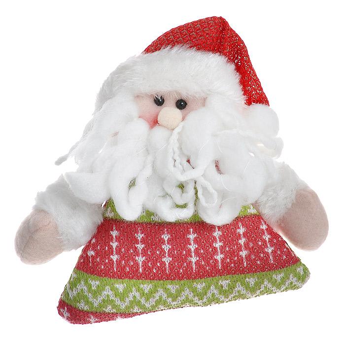Новогоднее украшение выполнено из полиэстера в виде мягкой игрушки Санты. Вы можете подвесить его в любом месте, где он будет удачно смотреться, и радовать глаз. Кроме того, это украшение - отличный вариант подарка для ваших близких и друзей.   Новогодние украшения всегда несут в себе волшебство и красоту праздника. Создайте в своем доме атмосферу тепла, веселья и радости, украшая его всей семьей.   Характеристики:  Материал:  полиэстер. Цвет:  белый, красный. Размер:  14 см х 14 см х 3 см. Размер упаковки:  18 см х 15 см х 3,5 см. Артикул: 25558.