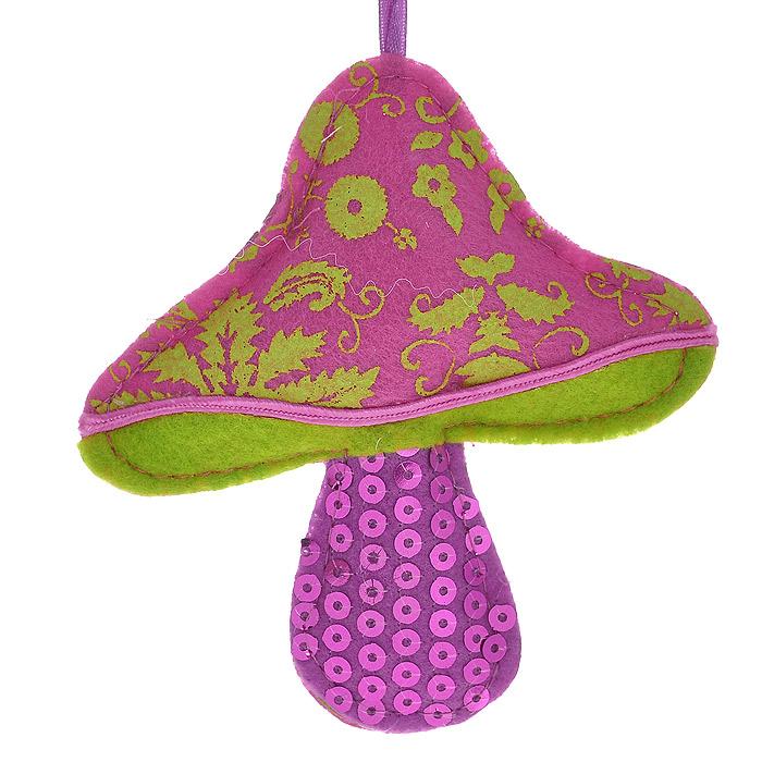 Новогоднее подвесное украшение Грибок. 2534425344Оригинальное подвесное украшение «Грибок» прекрасно подойдет для праздничного декора дома и новогодней ели. Украшение выполнено из полиэстера и оформлено пайетками. С помощью атласной ленточки его можно повесить в любом понравившемся вам месте. Но, конечно, удачнее всего такая игрушка будет смотреться на праздничной елке.Елочная игрушка - символ Нового года. Она несет в себе волшебство и красоту праздника. Создайте в своем доме атмосферу веселья и радости, украшая новогоднюю елку нарядными игрушками, которые будут из года в год накапливать теплоту воспоминаний. Коллекция декоративных украшений из серии Magic Time принесет в ваш дом ни с чем несравнимое ощущение волшебства! Характеристики:Материал: полиэстер. Цвет: фиолетовый, розовый. Размер украшения: 10,5 см х 11,5 см. Артикул: 25344.