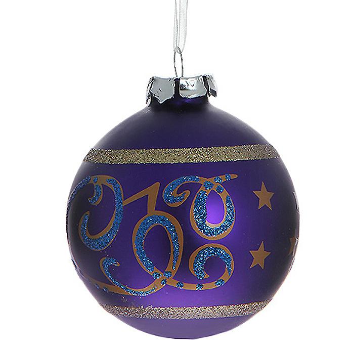 Новогоднее подвесное украшение Шар, цвет: фиолетовый. 3052030520Новогоднее подвесное украшение «Шар» выполнено из стекла с фиолетовым покрытием и декорировано узорами и блестками. С помощью специальной ленты украшение можно повесить в любом понравившемся вам месте. Но, конечно, удачнее всего такой шар будет смотреться на праздничной елке. Елочная игрушка - символ Нового года. Она несет в себе волшебство и красоту праздника. Создайте в своем доме атмосферу веселья и радости, украшая новогоднюю елку нарядными игрушками, которые будут из года в год накапливать теплоту воспоминаний. Коллекция декоративных украшений из серии Magic Time принесет в ваш дом ни с чем несравнимое ощущение волшебства! Характеристики:Материал: стекло, металл, текстиль. Цвет: фиолетовый. Диаметр игрушки: 8 см. Размер упаковки: 9,5 см х 9,5 см х 9 см. Артикул: 30520.