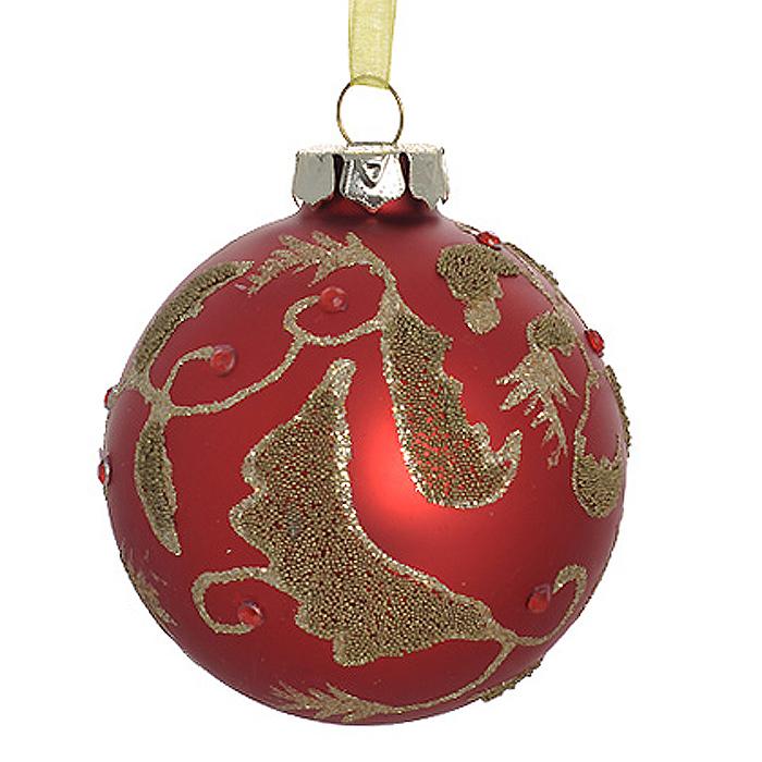 Новогоднее подвесное украшение Шар, цвет: красный. 3050630506Новогоднее подвесное украшение «Шар» выполнено из стекла с красным покрытием и декорировано золотистыми блестками, бусинами и стразами. С помощью специальной ленты украшение можно повесить в любом понравившемся вам месте. Но, конечно, удачнее всего такой шар будет смотреться на праздничной елке. Елочная игрушка - символ Нового года. Она несет в себе волшебство и красоту праздника. Создайте в своем доме атмосферу веселья и радости, украшая новогоднюю елку нарядными игрушками, которые будут из года в год накапливать теплоту воспоминаний. Коллекция декоративных украшений из серии Magic Time принесет в ваш дом ни с чем несравнимое ощущение волшебства! Характеристики:Материал: стекло, металл, текстиль. Цвет: красный. Диаметр игрушки: 8 см. Размер упаковки: 9,5 см х 9,5 см х 9 см. Артикул: 30506.