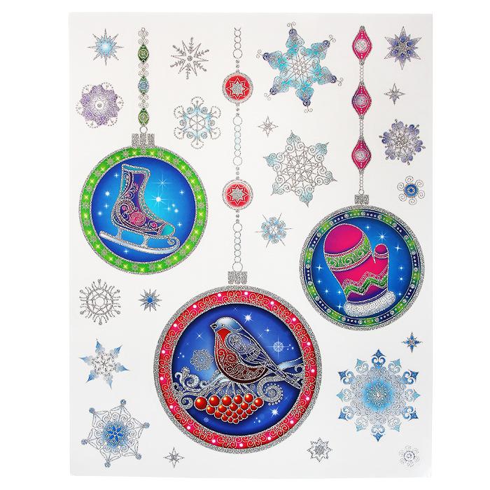 Новогоднее оконное украшение Елочные украшения. 3126931269Новогоднее оконное украшение Елочные украшения поможет украсить дом к предстоящим праздникам. Яркие изображения в виде елочных игрушек нанесены на прозрачную клейкую пленку. Рисунки декорированы серебристыми блестками. С помощью этих украшений вы сможете оживить интерьер по своему вкусу: наклеить их на окно, на зеркало или на дверь.Новогодние украшения всегда несут в себе волшебство и красоту праздника. Создайте в своем доме атмосферу тепла, веселья и радости, украшая его всей семьей.Коллекция декоративных украшений из серии Magic Time принесет в ваш дом ни с чем не сравнимое ощущение волшебства! Характеристики:Материал:пленка ПВХ, глиттер. Размер листа:30 см х 38 см. Размер наибольшей наклейки:15,5 см х 14,5 см. Размер наименьшей наклейки:2,3 см х 2,5 см. Изготовитель:Тайвань. Артикул:31269.