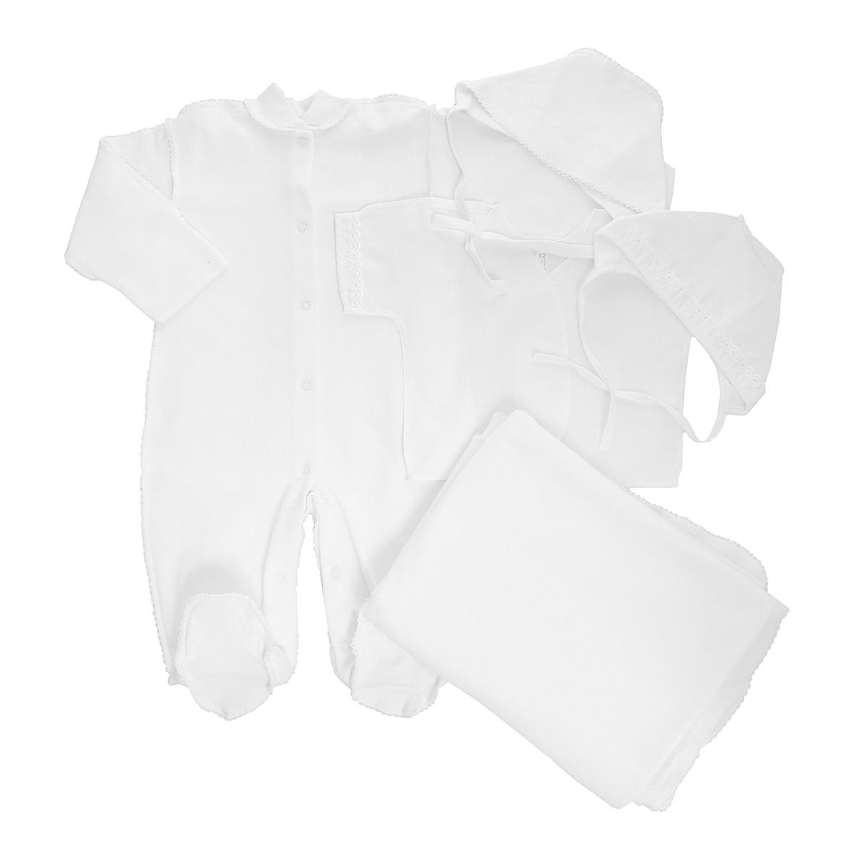Комплект для новорожденного Трон-Плюс, 5 предметов, цвет: белый. Размер 56, 1 месяц3474Комплект для новорожденного Трон-плюс - это замечательный подарок, который прекрасно подойдет для первых дней жизни малыша. Комплект состоит из комбинезона, распашонки, двух чепчиков и пеленки. Комплект изготовлен из натурального хлопка, благодаря чему он необычайно мягкий и приятный на ощупь, не сковывает движения младенца и позволяет коже дышать, не раздражает даже самую нежную и чувствительную кожу ребенка, обеспечивая ему наибольший комфорт. Легкая распашонка с короткими рукавами выполнена швами наружу. Рукава декорированы ажурными рюшами. Теплый комбинезон с небольшим воротничком-стойкой, длинными рукавами и закрытыми ножками идеально подойдет вашему ребенку, обеспечивая ему наибольший комфорт. Комбинезон застегивает на кнопочки по всей длине и на ластовице, что помогает с легкостью переодеть ребенка или сметить подгузник. Рукавички обеспечат вашему малышу комфорт во время сна и бодрствования, предохраняя нежную кожу новорожденного от расцарапывания. Комбинезон выполнен швами наружу и украшен ажурными петельками. Чепчик защищает еще не заросший родничок, щадит чувствительный слух малыша, прикрывая ушки, и предохраняет от теплопотерь. Комплект содержит два чепчика: один - легкий мягкий чепчик с завязками выполнен швами наружу и украшен ажурными рюшами, а второй - теплый чепчик выполнен из футера швами наружу и украшен ажурными петельками. Теплая и мягкая пеленка станет незаменимым помощником в деле ухода за ребенком. По периметру изделие оформлено ажурными петельками. В таком комплекте ваш малыш будет чувствовать себя комфортно, уютно и всегда будет в центре внимания!