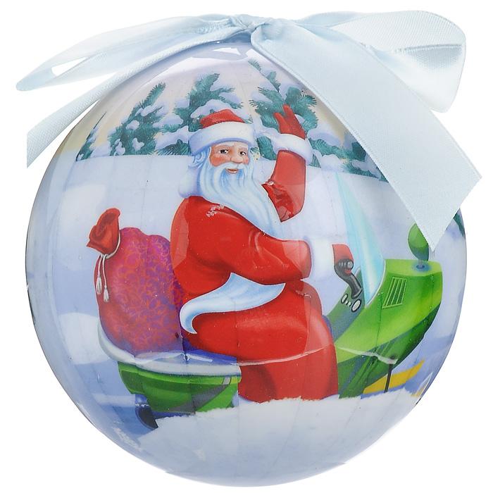 """Оригинальное подвесное украшение """"Шар. Новогодний"""" прекрасно подойдет для праздничного декора новогодней ели. Украшение, выполненное из пластмассы, оформлено красочным изображением Деда мороза и веселых зверят. Благодаря плотному корпусу изделие никогда не разобьется, поэтому вы можете быть уверены, что оно прослужит вам долгие годы. С помощью атласной ленточки голубого цвета украшение можно повесить на праздничную елку. Елочная игрушка - символ Нового года. Она несет в себе волшебство и красоту праздника. Создайте в своем доме атмосферу веселья и радости, украшая новогоднюю елку нарядными игрушками, которые будут из года в год накапливать теплоту воспоминаний.    Характеристики:Материал: пластмасса (вспененный полистирол), текстиль. Диаметр шара: 10 см. Размер упаковки: 11 см х 11 см х 15 см. Производитель: Россия. Изготовитель: Китай. Артикул: 20250."""