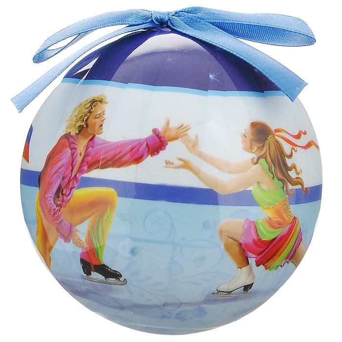 Елочное украшение Шар. Фигурное катание, диаметр 10 см. 2034820348Оригинальное подвесное украшение Шар. Фигурное катание, выполненное из пластмассы, прекрасно подойдет для праздничного декора новогодней ели. Благодаря плотному корпусу изделие никогда не разобьется, поэтому вы можете быть уверены, что оно прослужит вам долгие годы. С помощью атласной ленточки голубого цвета украшение можно повесить на праздничную елку. Елочная игрушка - символ Нового года. Она несет в себе волшебство и красоту праздника. Создайте в своем доме атмосферу веселья и радости, украшая новогоднюю елку нарядными игрушками, которые будут из года в год накапливать теплоту воспоминаний.Характеристики:Материал: пластмасса (вспененный полистирол), текстиль. Диаметр шара: 10 см. Размер упаковки: 11 см х 11 см х 15 см. Производитель: Россия. Изготовитель: Китай. Артикул: 20348.