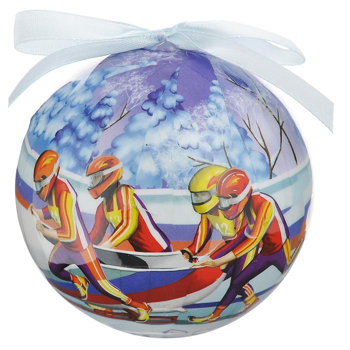 Елочное украшение Шар. Бобслей, диаметр 10 см. 2035020350Оригинальное подвесное украшение Шар. Бобслей, выполненное из пластмассы, прекрасно подойдет для праздничного декора новогодней ели. Благодаря плотному корпусу изделие никогда не разобьется, поэтому вы можете быть уверены, что оно прослужит вам долгие годы. С помощью атласной ленточки голубого цвета украшение можно повесить на праздничную елку. Елочная игрушка - символ Нового года. Она несет в себе волшебство и красоту праздника. Создайте в своем доме атмосферу веселья и радости, украшая новогоднюю елку нарядными игрушками, которые будут из года в год накапливать теплоту воспоминаний.Характеристики:Материал: пластмасса (вспененный полистирол), текстиль. Диаметр шара: 10 см. Размер упаковки: 11 см х 11 см х 15 см. Производитель: Россия. Изготовитель: Китай. Артикул: 20350.