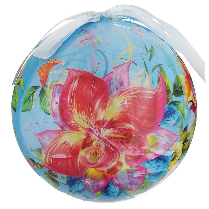 Елочное украшение Шар. Цветы, диаметр 15 см. 2032820328Оригинальное подвесное украшение Шар. Цветы прекрасно подойдет для праздничного декора дома и новогодней ели. Украшение, выполненное из пластмассы, оформлено красочным изображением цветов. Благодаря плотному корпусу изделие никогда не разобьется, поэтому вы можете быть уверены, что оно прослужит вам долгие годы. С помощью атласной ленточки голубого цвета украшение можно повесить в любое понравившееся место. Но удачнее всего оно будет смотреться на новогодней елке.Елочная игрушка - символ Нового года. Она несет в себе волшебство и красоту праздника. Создайте в своем доме атмосферу веселья и радости, украшая новогоднюю елку нарядными игрушками, которые будут из года в год накапливать теплоту воспоминаний. Характеристики:Материал: пластмасса (вспененный полистирол), текстиль. Диаметр шара: 15 см. Размер упаковки: 15 см х 15 см х 15,5 см. Производитель: Россия. Изготовитель: Китай. Артикул: 20328.