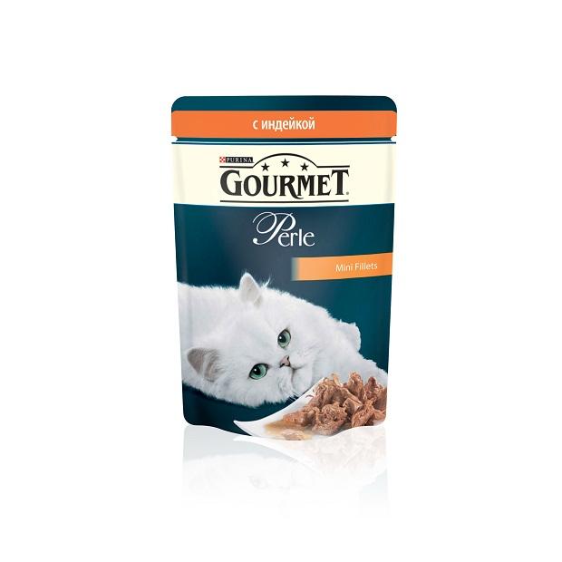 Консервы для кошек Gourmet Perle, мини-филе с индейкой, 85 г12222524Ваша кошка - настоящий гурман, и порой ей сложно угодить. Корм Gourmet Perle - это изысканное угощение с превосходным вкусом, которым ваша кошка будет наслаждаться каждый день. Ваш гурман оценит нежнейшие кусочки с мясом или рыбой, приготовленные в аппетитном соусе.Корм Gourmet Perle - изысканное угощение на каждый день.Рекомендации по кормлению: Суточная норма: 3-4 пакетика в день для взрослой кошки (средний вес 4 кг), в два приема.Данная суточная норма рассчитана для умеренно активных взрослых кошек, живущих в условиях нормальной температуры окружающей среды. В зависимости от индивидуальных потребностей кошки норма кормления может быть скорректирована для поддержания нормального веса вашей кошки.Подавайте корм комнатной температуры. Следите, чтобы у вашей кошки всегда была чистая, свежая питьевая вода.Условия хранения: Закрытый пакетик хранить в сухом прохладном месте. После открытия продукт хранить в холодильнике максимум 24 часа.Состав: мясо и продукты переработки мяса (в том числе индейки 4%), экстракт растительного белка, рыба и продукты переработки рыбы, минеральные вещества, сахара, витамины, красители. Гарантируемые показатели: белок 14,0%, жир 2,5%, сырая зола 2,2%, сырая клетчатка 0,5%. Добавленные вещества: витамин A 800 МЕ/кг; витамин D3 120 МЕ/кг; витамин Е 18 МЕ/кг; железо 9 мг/кг; йод 0,2 мг/кг; медь 0,8 мг/кг; марганец 1,8 мг/кг; цинк 15 мг/кг. Влажность: 79.0%.Вес: 85 г.Товар сертифицирован.
