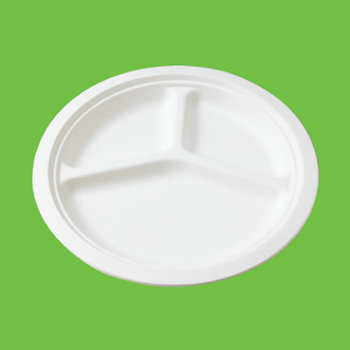 Набор тарелок Gracs, биоразлагаемых, трехсекционных, цвет: белый, диаметр 26 см, 10 штP007Набор Gracs состоит из 10 биоразлагаемых тарелок, выполненных из экологически чистого материала - сахарного тростника. Материал не содержит токсинов и канцерогенов. Тарелки имеют три секции. Набор Gracs можно использовать как для холодных, так и для горячих продуктов.Набор можно использовать в микроволновой печи.Одноразовая биоразлагаемая посуда Gracs- полезно для здоровья, безопасно для окружающей среды!Размер тарелки: 26 см х 26 см х 2 см.