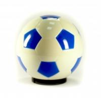 Открывалка для бутылок Футбольный мяч, цвет: белый, синий003518Открывалка для бутылок, выполненная в виде футбольного мяча, займет достойное место среди аксессуаров на Вашей кухне и позволит Вам открыть любую бутылку без особого труда. Поместите открывалку на бутылку и нажмите на мяч - бутылка открыта! Открывалка выполнена из пластика. Характеристики: Диаметр открывалки: 7,5 см. Материал:пластик. Размер упаковки: 8 см х 8 см х 8 см. Производитель:Китай. Артикул:003518.