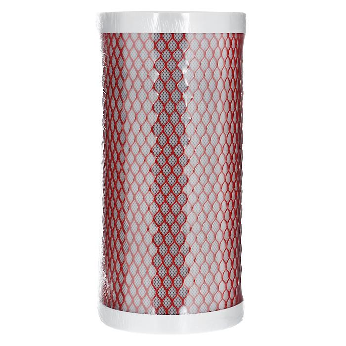 Картридж Арагон 3 10ВВ.Комбинированный картридж из материала Арагон и карбон-блока.Создан компанией Гейзер как специальный высокопроизводительный картридж для магистральных фильтров горячей и холодной воды, позволяющий получать воду питьевого класса за одну стадию очистки. В одном корпусе фильтра с картриджем Арагон 3 вода очищается от механических примесей, ионов железа и тяжелых металлов, нефтепродуктов и хлора. Используется в фильтре Гейзер Тайфун 10ВВ.Подходит для корпусов стандарта 10ВВ (Big Blue) любых производителей.Картридж Арагон 3 – единственный картридж совмещающий уникальный полимер с пространственно-глобулярной очисткой и высококачественный активированный уголь. Холодная вода очищается до уровня питьевой, а горячая не нанесет ущерб домашней сантехнике. Антисброс – картридж не пропустит загрязнения в очищенную воду и наглядно покажет, когда менять картридж: напор воды резко уменьшится. Остальные фильтры при исчерпании ресурса будут пропускать воду неограниченное время.Квазиумягчение - единственный запатентованный способ снижения накипи без использования соли и реагентов Качество очистки холодной воды - до уровня питьевой с улучшением вкусовых качеств Бактериостатический эффект – нерастворяемое серебро подавляет размножение бактерий во всем объеме картриджа. Полное удаление хлора, растворенных химических примесей Уникальный микропористый ионообменный полимер с бактериостатической добавкой серебра.Он задерживает самые мелкие механические частицы и удаляет растворенные химические примеси, благодаря своей сложной структуре, механизму сорбции и ионному обмену.Полностью удаляет из воды все бактерии и вирусы, включая гепатит А, норовирусы и ротавирусы. Очищает от солей жесткости. Обладает свойством антисброс: очищенные загрязнения никогда не попадут в очищенную воду, благодаря сложной лабиринтной структуре фильтроматериала. Картридж Арагон сам показывает, когда необходимо провести замену, благодаря свойству самоиндикации окончания ресурса – резкому уменьшению н