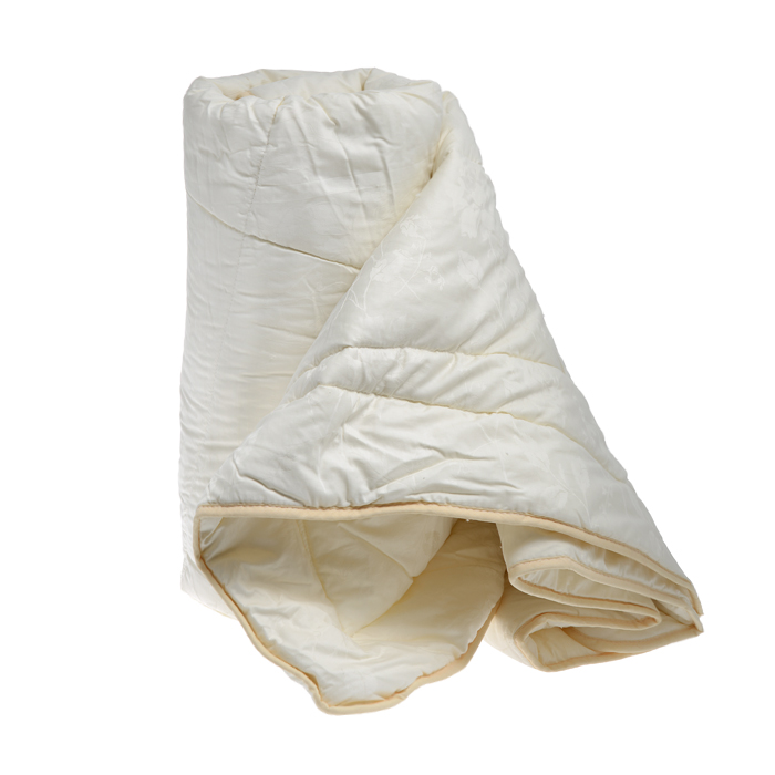 Одеяло облегченное OL-Tex Верблюжья шерсть, наполнитель: верблюжья шерсть, цвет: сливочный, 140 см х 205 смОВТ-15-2Чехол облегченного одеяла OL-Tex Верблюжья шерсть выполнен из высококачественного плотного материала тик (100% хлопок) сливочного цвета. Наполнитель - верблюжья шерсть с полиэстером. Одеяло простегано - значит, наполнитель внутри будет всегда распределен равномерно.Особенности наполнителя: - исключительные терморегулирующие свойства;- высокое качество прочеса и промывки шерсти; - великолепные ощущения комфорта и уюта.Верблюжья шерсть - обладает целебными качествами, содержит наиболее высокий процент ланолина (животного воска), благоприятно воздействующего на организм по целому ряду показателей: оказывает благотворное действие на мышцы, суставы, позвоночник, нормализует кровообращение, имеет профилактический эффект при заболевания опорно-двигательного аппарата. Кроме того, верблюжья шерсть антистатична.Одеяло упаковано в прозрачный пластиковый чехол на змейке с ручкой, что является чрезвычайно удобным при переноске.Рекомендации по уходу:- Стирка запрещена,- Нельзя отбеливать. При стирке не использовать средства, содержащие отбеливатели (хлор),- Не гладить. Не применять обработку паром,- Химчистка с использованием углеводорода, хлорного этилена, монофтортрихлорметана (чистка на основе перхлорэтилена),- Нельзя выжимать и сушить в стиральной машине. Характеристики: Материал чехла: тик (100% хлопок). Наполнитель: верблюжья шерсть, полиэстер. Цвет: сливочный. Плотность: 200 г/м2. Размер одеяла: 140 см х 205 см. Размер упаковки: 55 см х 45 см х 15 см. Артикул: ОВТ-15-2.