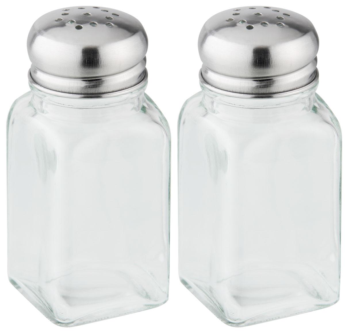 """Набор """"Fackelmann"""" состоит из солонки и перечницы. Емкости выполнены из стекла и закрываются крышками из нержавеющей стали. Благодаря своим небольшим размерам набор не займет много места на вашей кухне. Емкости легки в использовании: стоит только перевернуть их, и вы с легкостью сможете добавить соль и перец по вкусу в любое блюдо.  Дизайн, эстетичность и функциональность набора """"Fackelmann"""" позволят ему стать достойным дополнением к кухонному инвентарю.   Характеристики:  Материал: стекло, нержавеющая сталь. Размер емкости: 4 см х 4 см х 9,5 см. Размер упаковки: 9 см х 5 см х 15,5 см. Артикул: 46870.   Компания """"Fackelmann"""" была основана в 1948 году и в настоящее время является крупнейшим мировым поставщиком товаров для дома. В ассортименте компании найдутся товары для самых разных покупателей. Продукция """"Fackelmann"""" выполнена из различных комбинаций металла - нержавеющей, хромированной, никелированной и луженой стали, светлого и темного дерева - бука и сосны, пластмассы, акрила, прозрачного, матового и цветного стекла. С продукцией """"Fackelmann"""" ваш дом станет красивее, уютнее и намного удобнее!"""