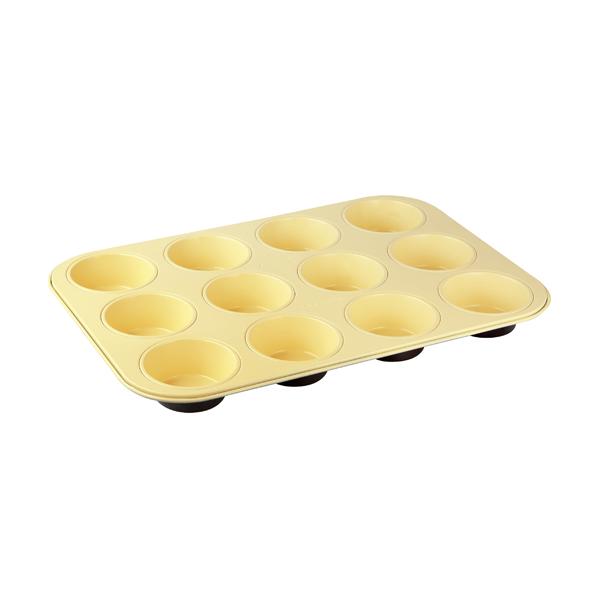 Форма для выпечки кексов Zenker Choco-Vanila, 12 ячеек, 38 х 26 см7307Форма для выпечки Zenker Choco-Vanila выполнена из углеродистой стали с антипригарным покрытием Ilag Ilaflon. Форма имеет 12 круглых ячеек для выпечки кексов. Выпечка не пригорает и не прилипает к стенкам. Такая форма значительно экономит время по сравнению с аналогичными формами для выпечки.С формой для выпечки кексов Zenker Choco-Vanila готовить любимые блюда станет еще проще. Перед первым применением форму вымыть и смазать маслом. Максимальная температура нагрева 180°С. Не резать форму ножом. Характеристики: Материал: углеродистая сталь. Размер формы: 38 см х 26 см. Высота стенки: 3 см. Количество ячеек: 12 шт. Диаметр ячейки: 7 см. Цвет: ваниль, шоколад. Артикул: 7307.