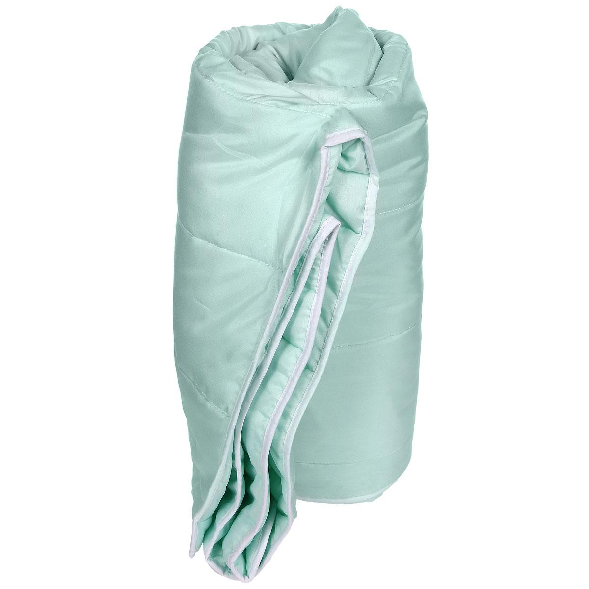 Одеяло облегченное Miotex Холфитекс, наполнитель: высокосиликонозированное микроволокно, цвет: в ассортименте, 140 х 205 смМХПЭ-15-2Чехол стеганого набивного одеяла Miotex Холфитекс выполнен из мягкого приятного на ощупь полиэстера. Наполнитель - Холфитекс. Холфитекс - упругий и качественный наполнитель. Прекрасно держит тепло. Одеяло с наполнителем Холфитекс легкое и комфортное. Даже после многократных стирок не теряет свою форму, наполнитель не сбивается, так как одеяло простегано и окантовано. Не вызывает аллергии.Рекомендации по уходу: - Стирка в теплой воде (температура до 30°С), - Нельзя отбеливать. При стирке не использовать средства, содержащие отбеливатели (хлор), - Сушить вертикально без отжима,- Не гладить. Не применять обработку паром, - Нельзя выжимать и сушить в стиральной машине. Характеристики: Материал чехла: 100% полиэстер. Наполнитель: полиэфирное высокосиликонизированное волокно Холфитекс. Плотность: 200 г/м. Размер одеяла: 140 см х 205 см. Размер упаковки: 50 см х 50 см х 10 см. Артикул: МХПЭ-15-2.УВАЖАЕМЫЕ КЛИЕНТЫ!Обращаем ваше внимание на возможные изменения в цветовом дизайне товара, связанные с ассортиментом продукции. Поставка осуществляется в зависимости от наличия на складе.