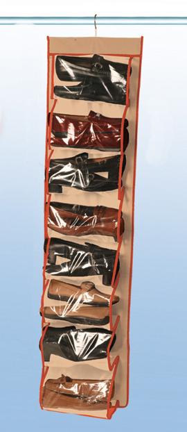 Футляр для хранения обуви Rayen 16 ячеек, цвет: бежевый, 32 х 125 см2009.51Подвесной футляр для обуви Rayen обеспечит надежное хранение. А также поможет сэкономить место в вашем доме. Изделие имеет по 8 карманов с каждой стороны.