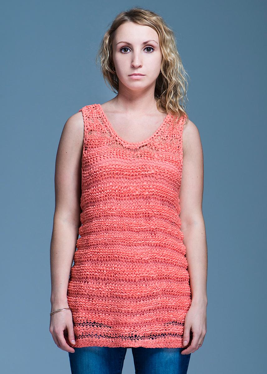 Твинсет женский Elogy Sweater Sleeveless Orange Ribbon, цвет: коралловый. 84950900021. Размер S (44)84950900021Стильный женский твинсет Sweater Sleeveless Orange Ribbon, выполненный из высококачественного материала, будет отлично на вас смотреться. Модель полуоблегающего кроя представляет собой майку на тонких бретельках, поверх которого одевается майка, выполненная оригинальной вязкой. Классический покрой, лаконичный дизайн, безукоризненное качество.Идеальный вариант для тех, кто ценит комфорт и качество.