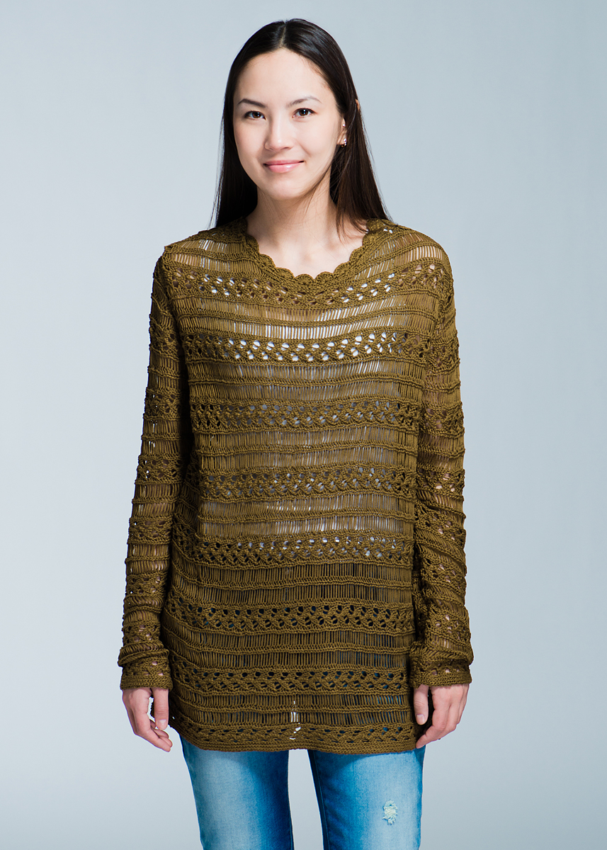 Джемпер женский Elogy Olive Ribbon Sweater, цвет: хаки. 84943900310. Размер S (44)84943900310Стильный женский джемпер Olive Ribbon Sweater, выполненный из высококачественного материала, будет отлично на вас смотреться. Модель свободного кроя с длинными рукавами и вырезом горловины «лодочка». Джемпер оформлен оригинальной вязкой. Классический покрой, лаконичный дизайн, безукоризненное качество.Идеальный вариант для тех, кто ценит комфорт и качество.