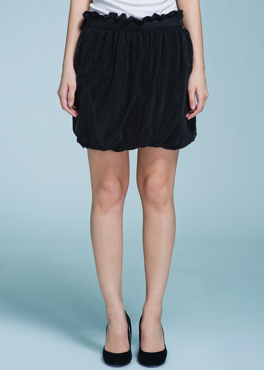 Юбка Met, цвет: черный. 70DGC0203C800. Размер S (42)70DGC0203C800Очаровательная женская юбка Met, выполненная из мягкого плотного материала, будет отлично смотреться на вас. Мини-юбка с резинкой на поясе, декорированной оборкой.Эта юбка идеальный вариант создания эффектного образа.