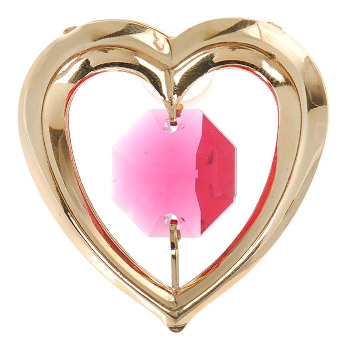 Фигурка декоративная Сердце, на присоске, цвет: золотистый, розовый. 6707867078Притягательный блеск и невероятная утонченность декоративной фигурки Сердце великолепно дополнят интерьер и, несомненно, не останутся без внимания.Фигурка выполнена из металла с блестящим золотистым покрытием в виде сердечка на присоске, украшенного крупным кристаллом Swarovski.Декоративная фигурка Сердце послужит прекрасным подарком ценителю изысканных и элегантных вещиц. Характеристики:Материал: металл, кристаллы Swarovski. Размер фигурки: 3 см х 0,5 см х 3,5 см. Цвет: золотистый, розовый. Артикул: 67078.